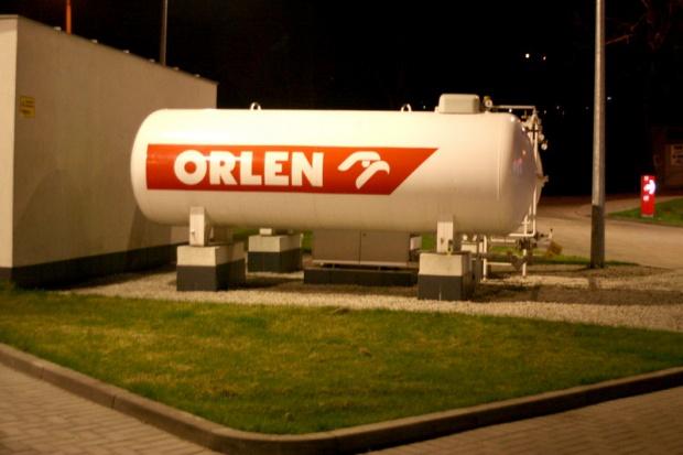 Orlen zamknie 2008 r. gigantyczną stratą, a we Włocławku narasta panika