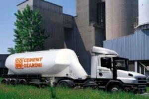 Cementownia Ożarów hamuje na kryzysie