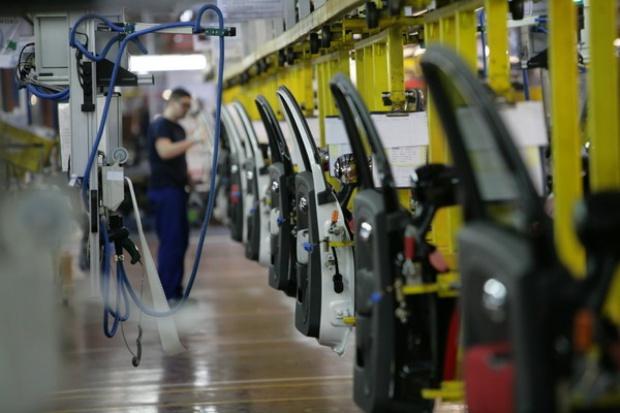 Konsolidacja niezależnych producentów i dystrybutorów motoryzacyjnych