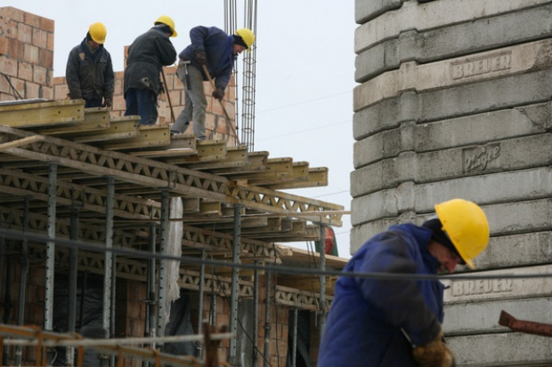 Co trzeci budowlaniec straci pracę