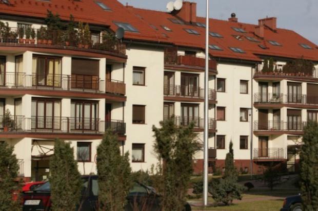 Dwucyfrowe spadki cen mieszkań w lutym