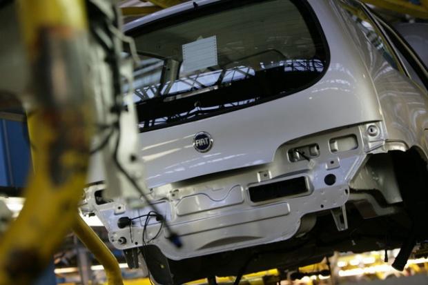 Fiat ciągnie produkcję aut w Polsce