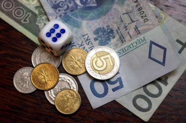 Pierwsza aukcja w resorcie skarbu: do zbycia udziały KolTramu