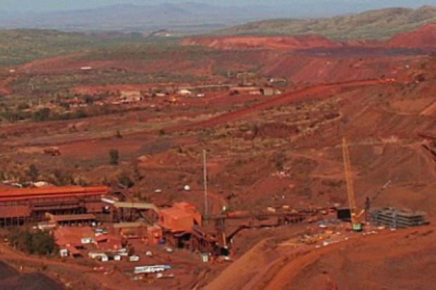 ArcelorMittal opóźnia uruchomienie kopalni rudy żelaza