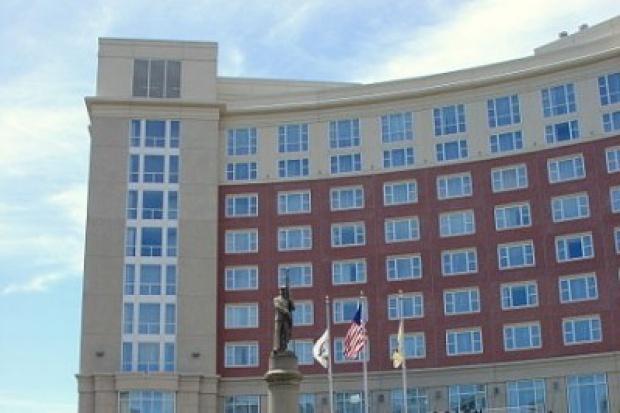 Deweloperzy przerzucają się na hotele