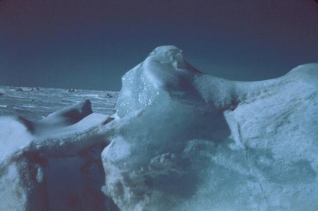 Naukowcy oszacowali zasoby ropy i gazu w Arktyce