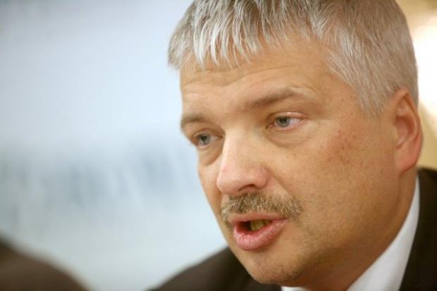 Gwiazdowski: Państwo polskie nie powinno pomagać Mittalowi