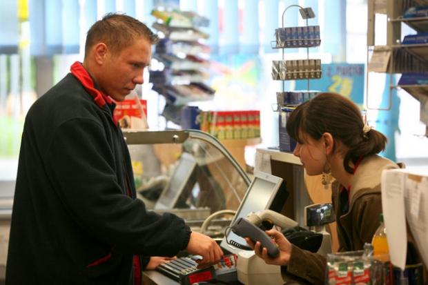 Papierosy motorem sprzedaży na stacjach