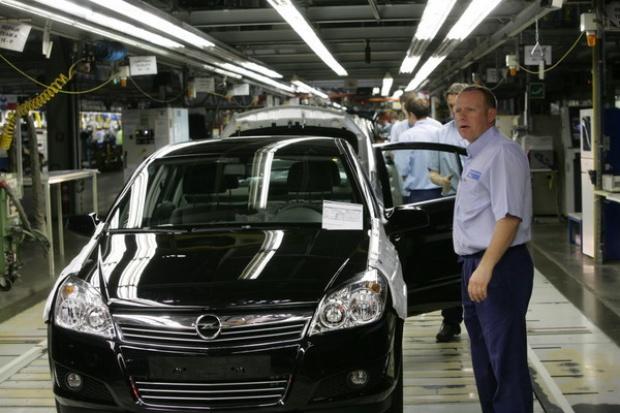 Sprzedaż nowych aut osobowych spadła o 2,4% r/r w czerwcu