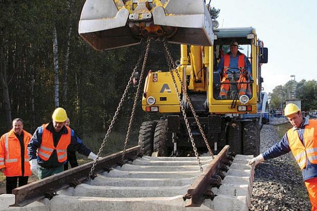 Inwestycje kolei za 27 mld zł trafiły na bocznicę