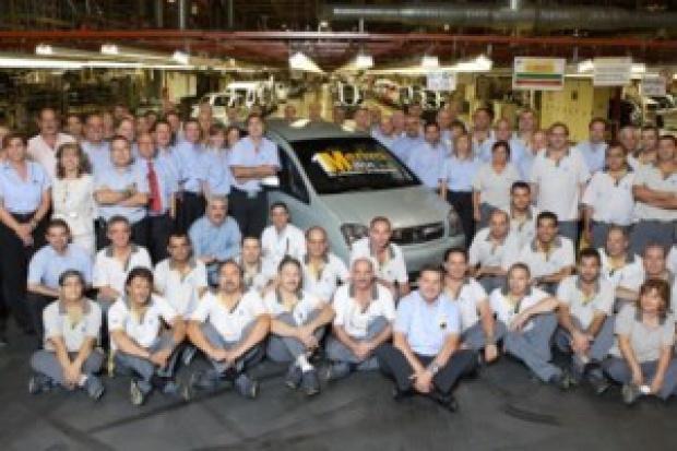 Meriva z numerem 1 000 000 wyjechała z zakładu w Saragossie