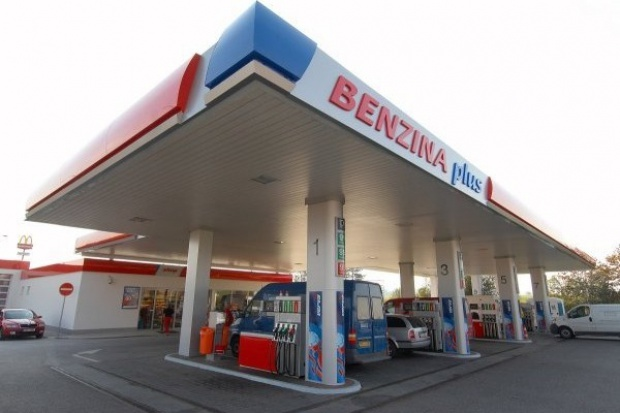 Czechy: rosną udziały największych operatorów stacji