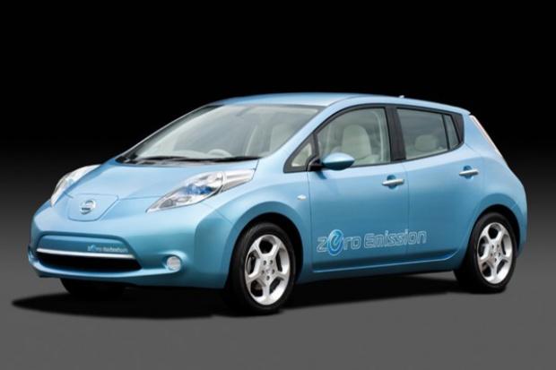 """Nissan pokazał model """"Leaf"""": elektryczny, przystępny i dostępny"""
