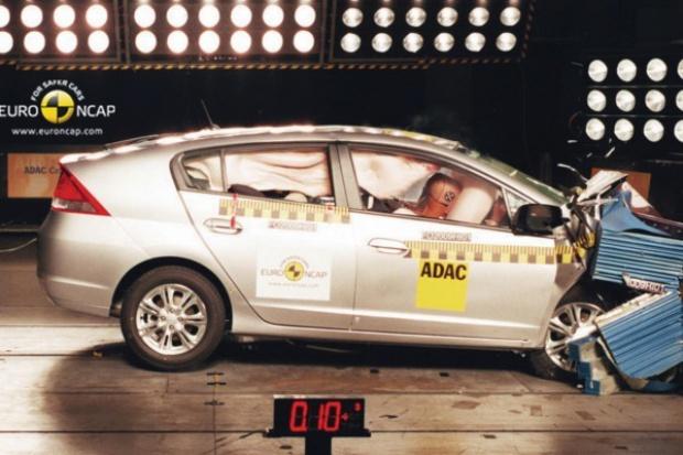 Euro NCAP porozwalała trochę samochodów i przydzieliła gwiazdki
