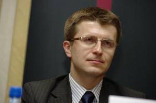 T. Zadroga: PGE chce pożyczyć ok. 20 mld zł.