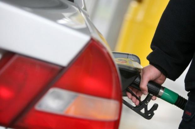 Konsumpcja paliw wzrosła w I półroczu o 1 proc.