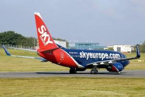 Bankructwo linii lotniczych Sky Europe, podróżni nabici w butelkę