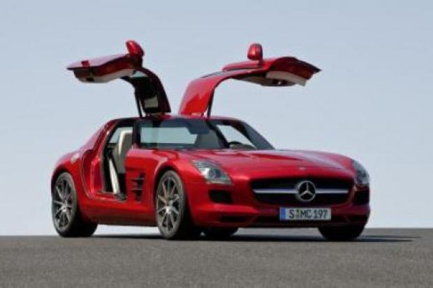 """Nowy """"Skrzydlak"""" Mercedesa"""