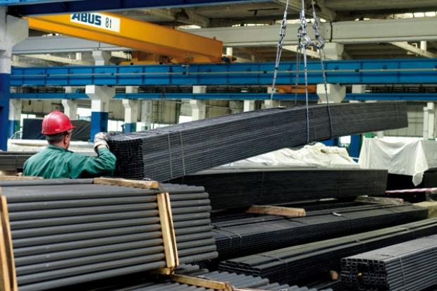 Dystrybucja stali: kiepsko, ale lepiej