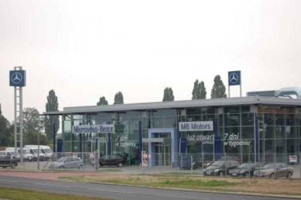 Sieć Mercedes-Benz coraz większa