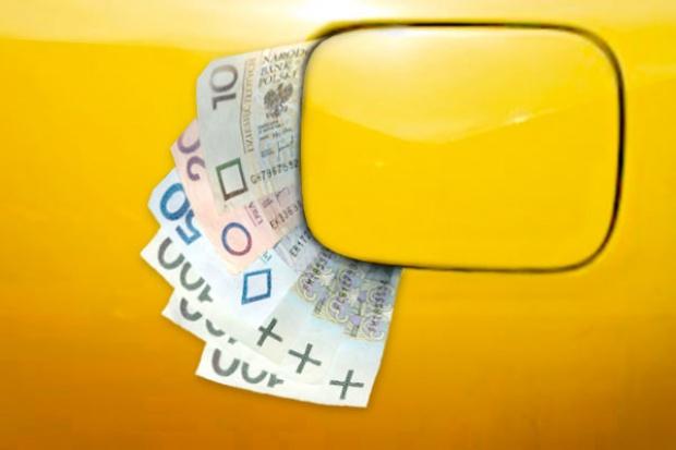 Litr paliwa droższy o 20 groszy