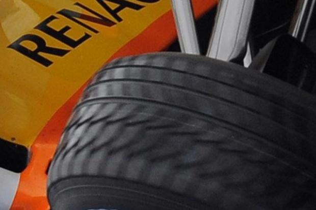 Renault potwierdza: Kubica u nas