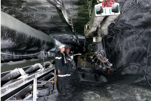 Długi duszą górniczo-hutniczych gigantów z Rosji
