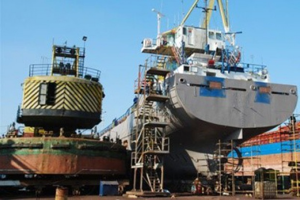 Francuzi czy Holendrzy - kto kupi stocznię w Gdyni?