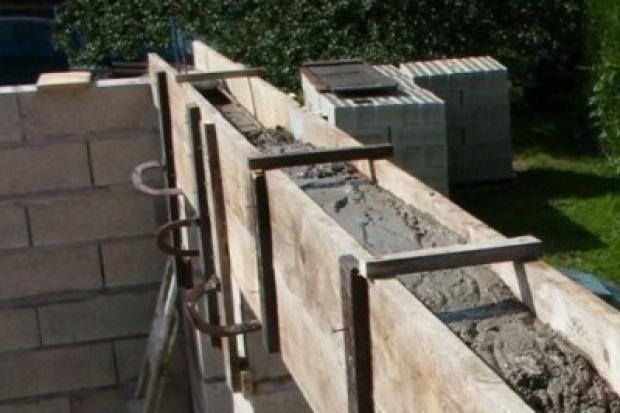 GUS: spadek liczby pozwoleń na budowę i rozpoczętych budów