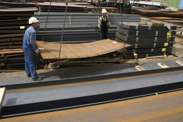 Jedna trzecia dystrybutorów stali może zbankrutować