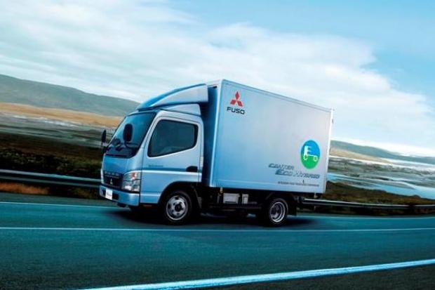 Fuso Canter Eco Hybrid wjeżdża do Europy