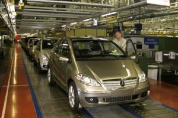 Daimler rozwija produkcję modeli kompaktowych