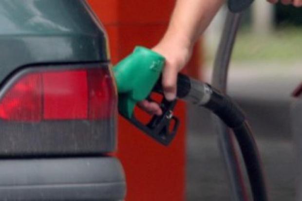 Diesel ratuje polskie rafinerie