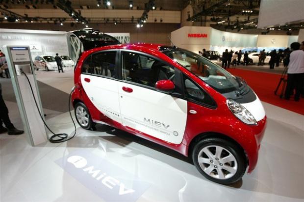 """Tytuł japońskiego """"Car of the Year"""" dla Mitsubishi"""