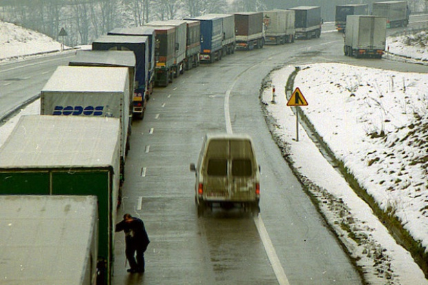 UE proponuje ograniczenie emisji CO2 przez samochody dostawcze