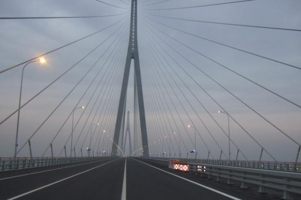 Chiny zatwierdziły budowę 30-kilometrowego mostu