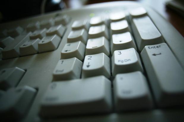 Skala piractwa komputerowego w Polsce maleje