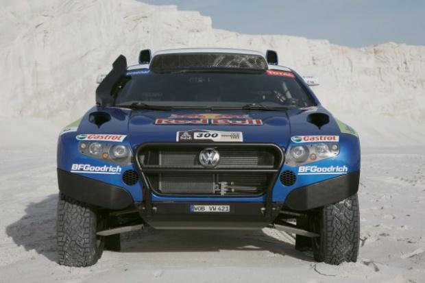 VW posyła pięć Race Touaregów na Rajd Dakar 2010