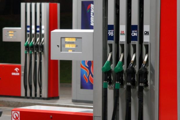 Spada sprzedaż LPG