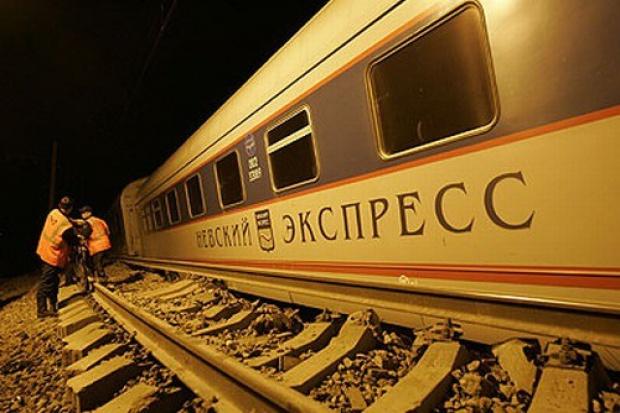 """Co najmniej 26 zabitych w katastrofie """"Newskiego Ekspressu"""""""