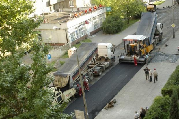 EBI zapłaci za remonty dziurawych polskich dróg