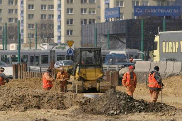 Wydatki na budowę dróg przekroczą 18 mld zł w 2009 r.