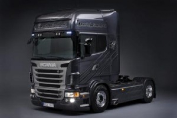 Ciężarowa elita: Scania Dark Diamond V8