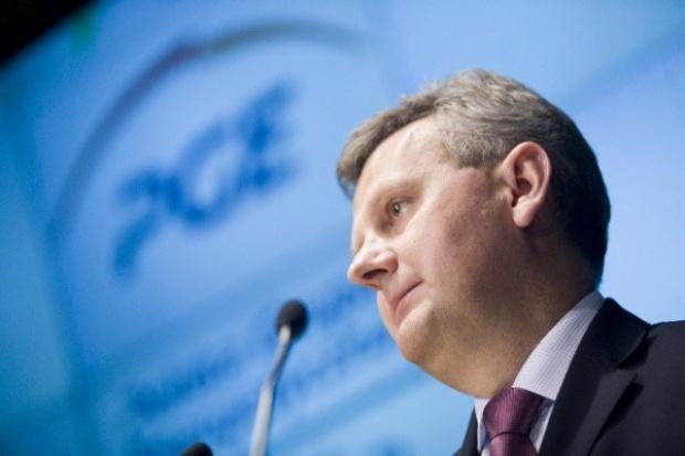 Aleksander Grad: PGE rozważa kupno Energi