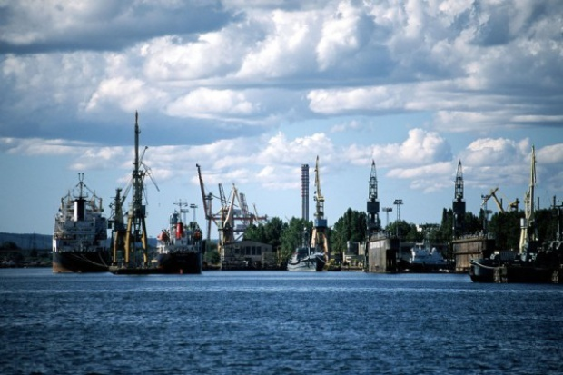 Sprzedano część majątku stoczni Gdynia