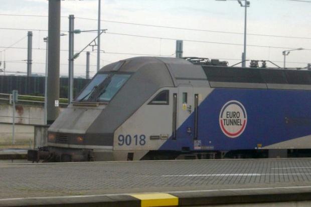 Zima blokuje tunel. Eurostar zawiesił wszystkie niedzielne połączenia pod kanałem La Manche