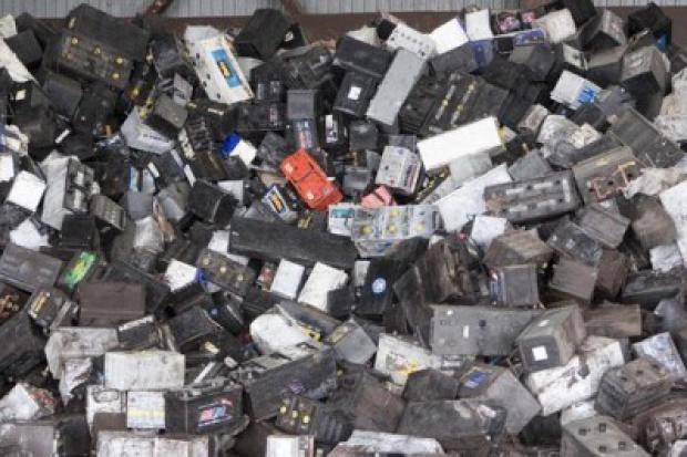 Wady recyklingu baterii i akumulatorów