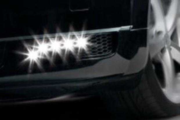 Pierwsze diodowe światła dzienne LED do elastycznego montażu.