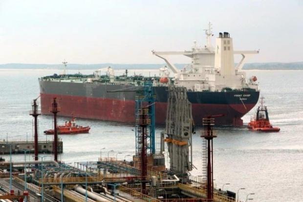 Rosyjska ropa wciąż płynie przez Naftoport