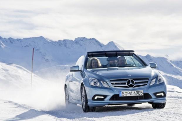 Mercedes namawia do jazdy kabrioletem w zimie